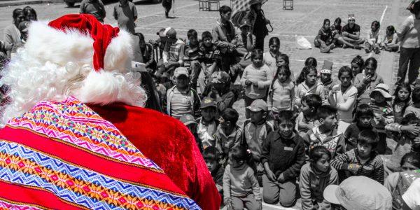 Santa Claus arriving in Laraos