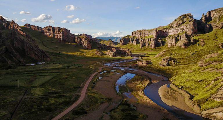 Tinajani Canyon, Puno