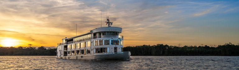 El Delfin III cruise in the Amazon Jungle, Iquitos