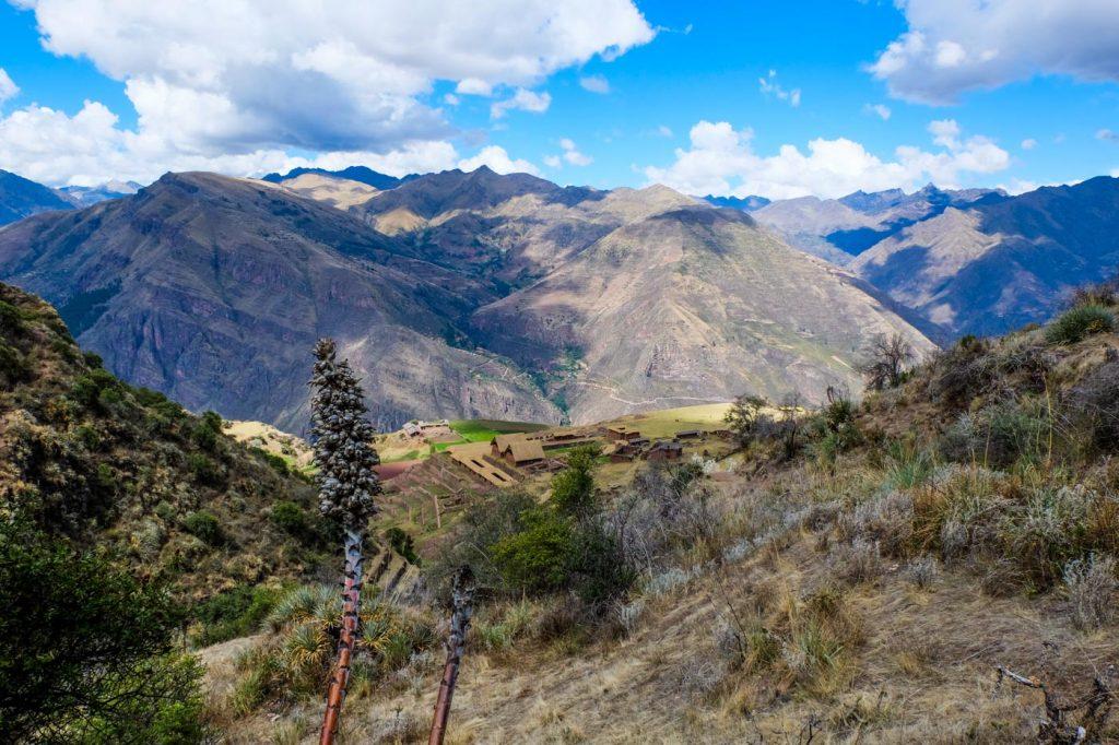Hiking to Huchuy Qosqo, Sacred Valley of the Incas