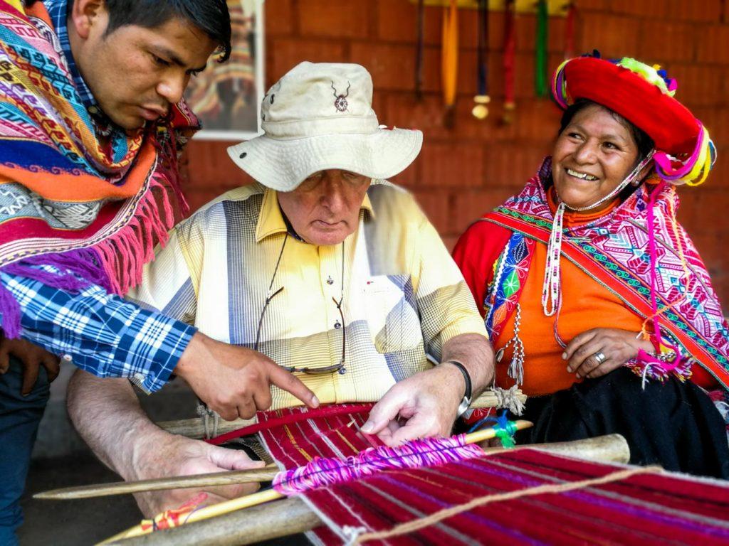 Waving in the Parobamba community