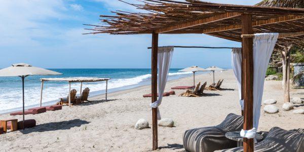 Beach hotels in Peru